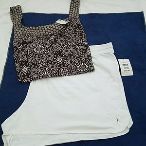 NWT Woman's Summer Outfit Shorts and Tank Top